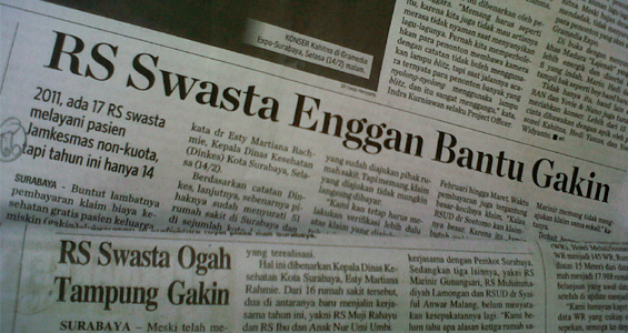 Foto Surabaya Post halaman tujuh dan Surabaya Pagi Halaman tiga